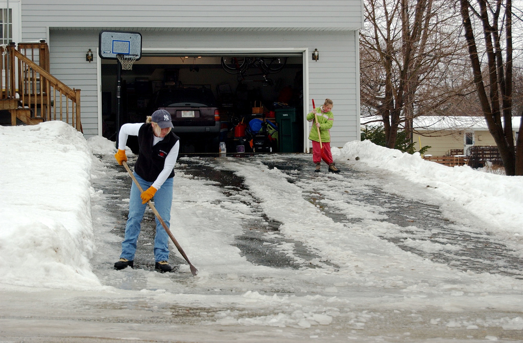 How to De-Ice Your Driveway Like A Pro